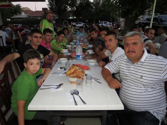 Malkara motosikletçileri iftar yemeği