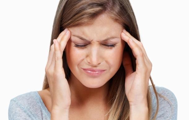 Kadınlardaki baş ağrısının nedeni: östrojen